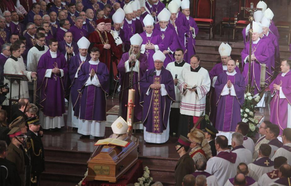 W katedrze w Łomży pochowano bpa seniora diecezji łomżyńskiej Stanisław Stefanka