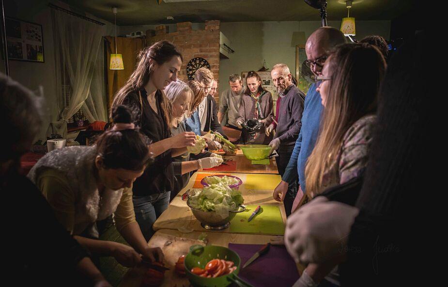 Zupa w Kato zbiera na remont kuchni, by wciąż rozlewało się dobro
