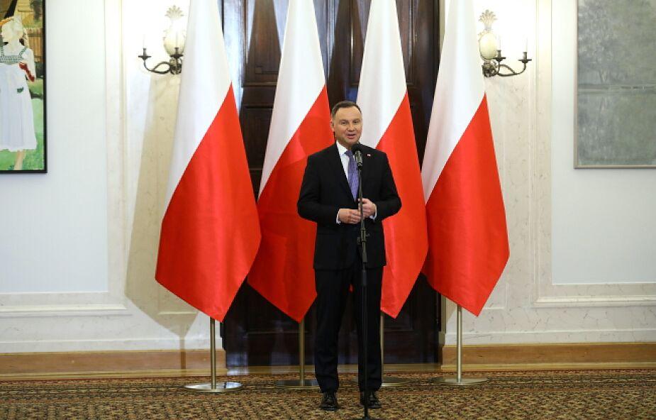 IBRiS: Polacy popierają działania prezydenta i premiera ws. ataku informacyjnego Rosji