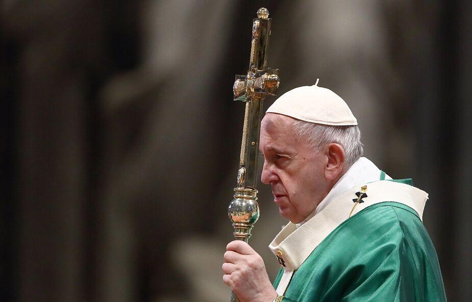 Papież wezwał władze i społeczeństwo USA do odpowiedzialności i uspokojenia nastrojów