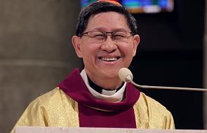 """""""Chroń go w swoich kochających dłoniach"""". Filipiny żegnają kardynała Tagle"""