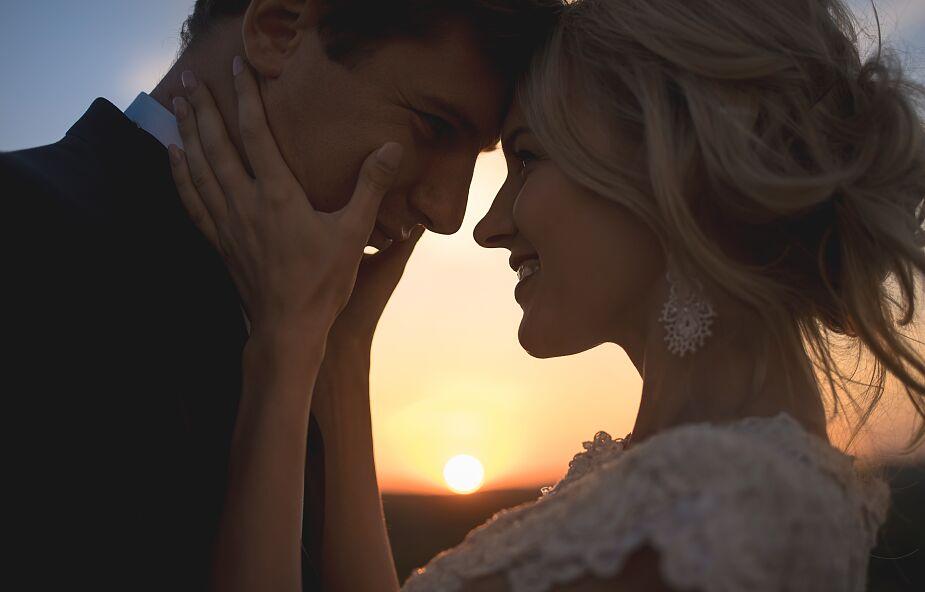 Szukasz miłości? Przyjdź na Mszę świętą o dobrego męża i dobrą żonę w walentynki