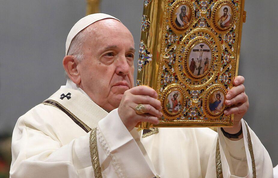 """List Apostolski papieża Franciszka """"Aperuit Illis"""" ustanawiający Niedzielę Słowa Bożego"""
