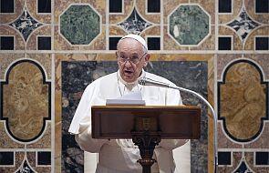 Franciszek: kto sprzedaje broń terrorystom?