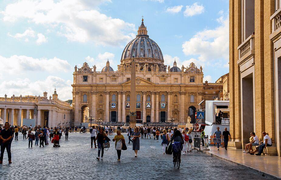 """Watykan: co czwarte dziecko na świecie jest """"niewidzialne"""""""