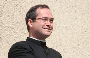 Ks. Préaux: sposobem na klerykalizm jest chrystocentryzm