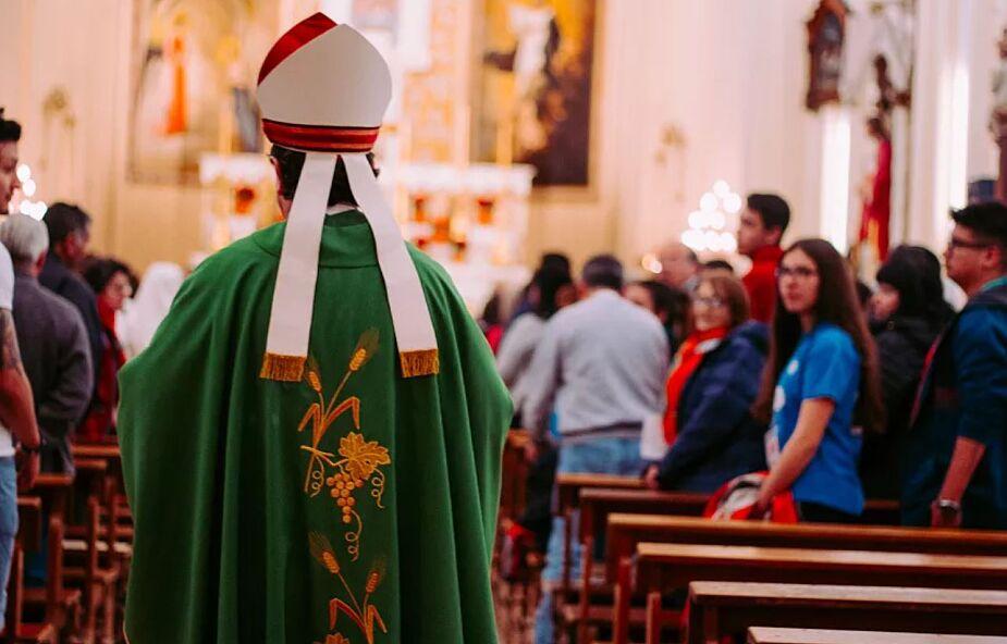 Słowaccy biskupi apelują do władz o przemyślenie zakazu publicznego sprawowania mszy świętej