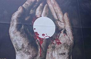 Kramer SJ: ludzie mówią, że moje ręce są wyjątkowe, bo namaszczone olejem. Obaj wiemy, ile zła zrobiły i jak są brudne