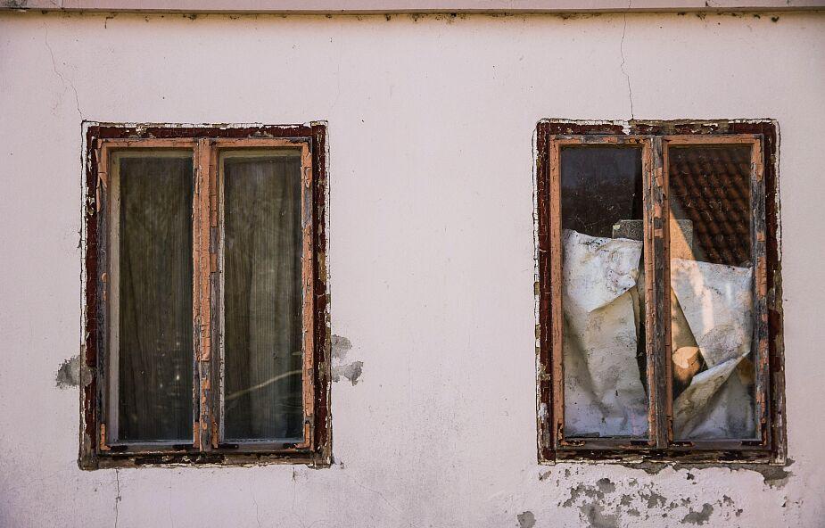 Śląskie: wybuchł gaz w domu w Kobiernicach; spod gruzów wydobyto 5 żywych osób