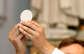 Bielsko-Biała: dyspensa od obowiązku uczestnictwa we Mszy św. w niedzielę i święta