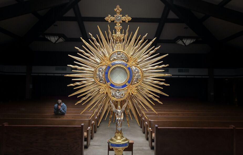 Syndrom odstawienia.Co naszemu życiu duchowemu może dać eucharystyczna abstynencja?