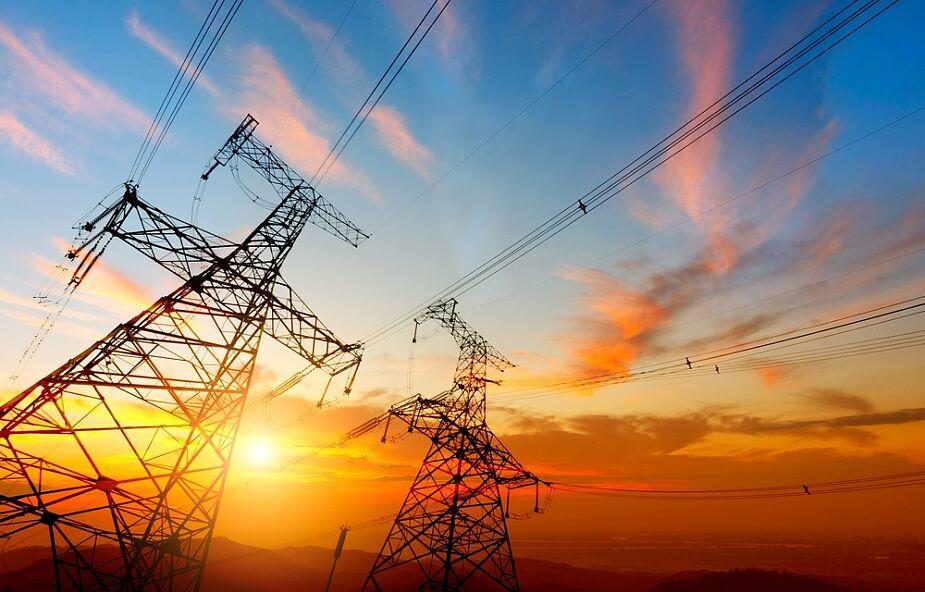 Von der Leyen: 720 mln euro na połączenie sieci energetycznej państw bałtyckich z Polską