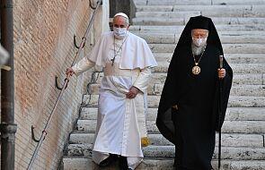 Papież Franciszek: dość już mieczy, broni, przemocy, wojny!
