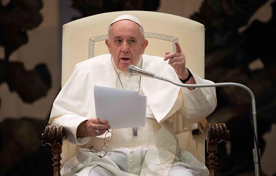Papież pomaga rodzinom zaginionych marynarzy