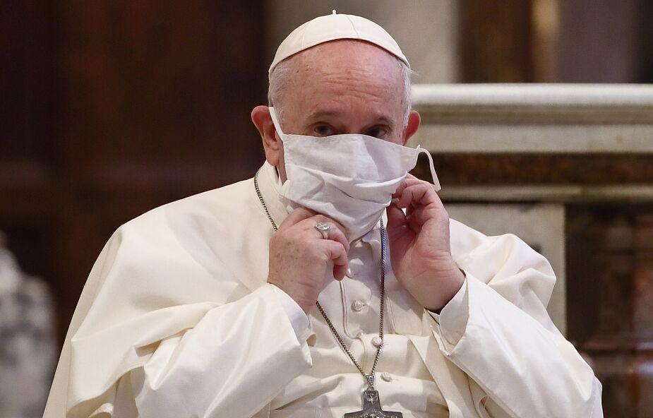 """""""Nie traćcie ducha"""". Papież wskazuje, jak sobie poradzić w świecie po pandemii"""
