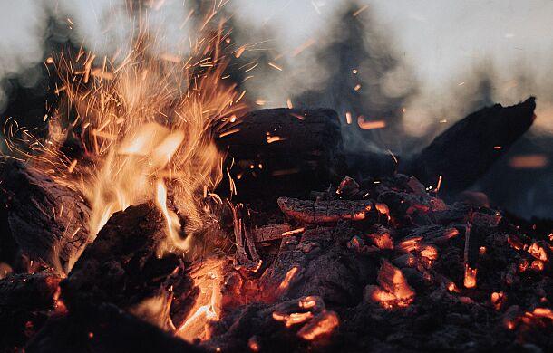 """Co to znaczy, że Jezus przyszedł """"rzucić ogień na ziemię""""?"""