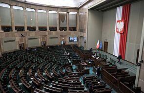 Sejm nie zgodził się na odrzucenie informacji premiera o przygotowaniu państwa do walki z epidemią