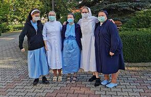 """Siostry na froncie z koronawirusem. """"Robiłyśmy sobie nawzajem krzyżyk na czole i szłyśmy do chorych"""""""