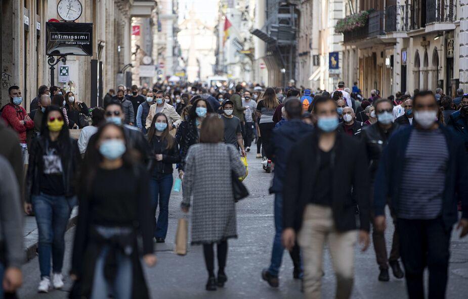 Włochy: 141 osób zmarło na Covid-19, jest ponad 17 tysięcy nowych zakażeń