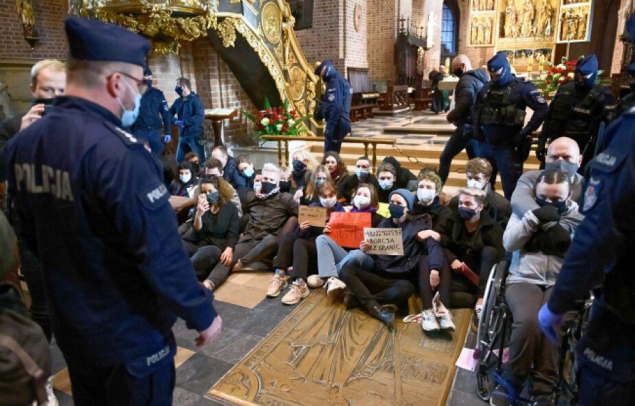Dominikanin: Kościół nie może się obrażać na tych, którzy dawali na tacę, a teraz krzyczą w jego stronę