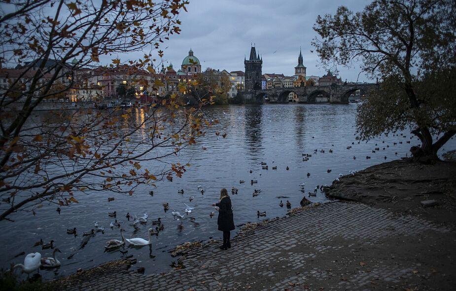 Ponownie ponad 10 tys. nowych zakażeń koronawirusem w Czechach