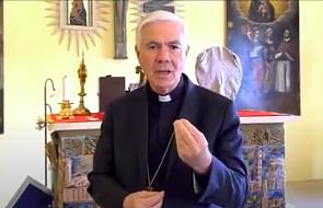 Włoski biskup krytykował obostrzenia pandemiczne. Podjął decyzję, że zrezygnuje i usunie się do klasztoru