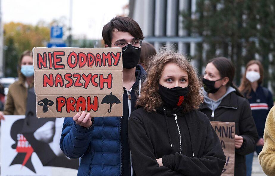 Kolejny dzień protestów po orzeczeniu Trybunału Konstytucyjnego ws. aborcji
