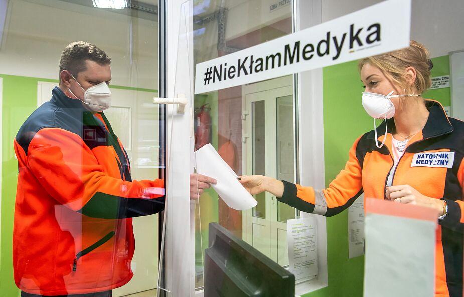 Śląskie: nowe zakażenia w domach pomocy społecznej; trwa budowa szpitali tymczasowych