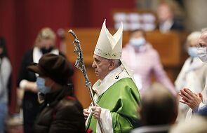 Franciszek: chrześcijaństwo to nie tylko przestrzeganie przykazań