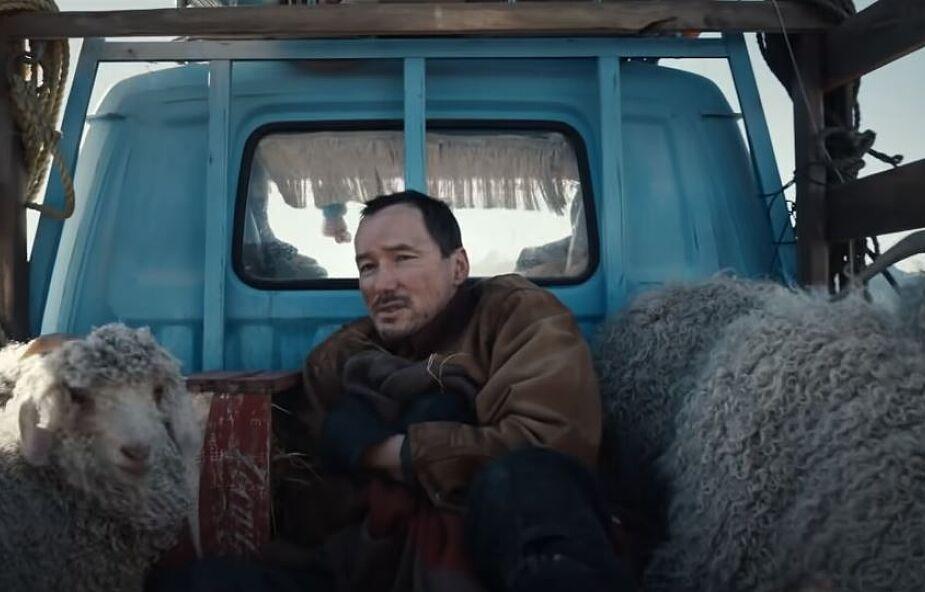 Zobacz świąteczną reklamę Coca-Coli. Porusza serce i wyciska łzy