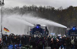 """Niemcy: starcia między koronasceptykami i policją w Berlinie; """"niezwykle agresywny nastrój"""""""