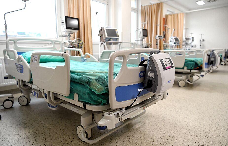 Gdynia: 63-latek chory na COVID-19 zasłabł i zmarł w sklepie