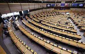 Parlament Europejski dyskutuje o mechanizmie dot. praworządności. Największe grupy za, EKR przeciwko