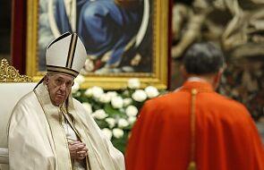 Papież na konsystorzu: purpura kardynalska to kolor krwi, a nie wybitnego wyróżnienia