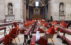 Abp Gänswein: przed wizytą u Benedykta XVI kardynałowie mieli negatywne testy na Covid-19