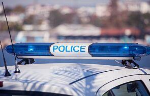 Policja zatrzymała przed szkołą podstawową osobnika grożącego nożem
