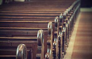 Francja: episkopat prosi wiernych o uszanowanie decyzji władz o zakazie Mszy św.