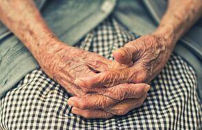 """""""Zwracam się do państwa z gorącą prośbą o pomoc"""". List seniorki poruszył ludzkie serca"""