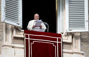 Papież Franciszek zaapelował o przestrzeganie przepisów o walce z pandemią