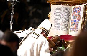 Franciszek przewodniczył Pasterce w Watykanie