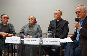 """""""Zmiana modelu władzy w Kościele koniecznie potrzebna"""". W Warszawie odbyła się dyskusja na temat władzy w Kościele"""