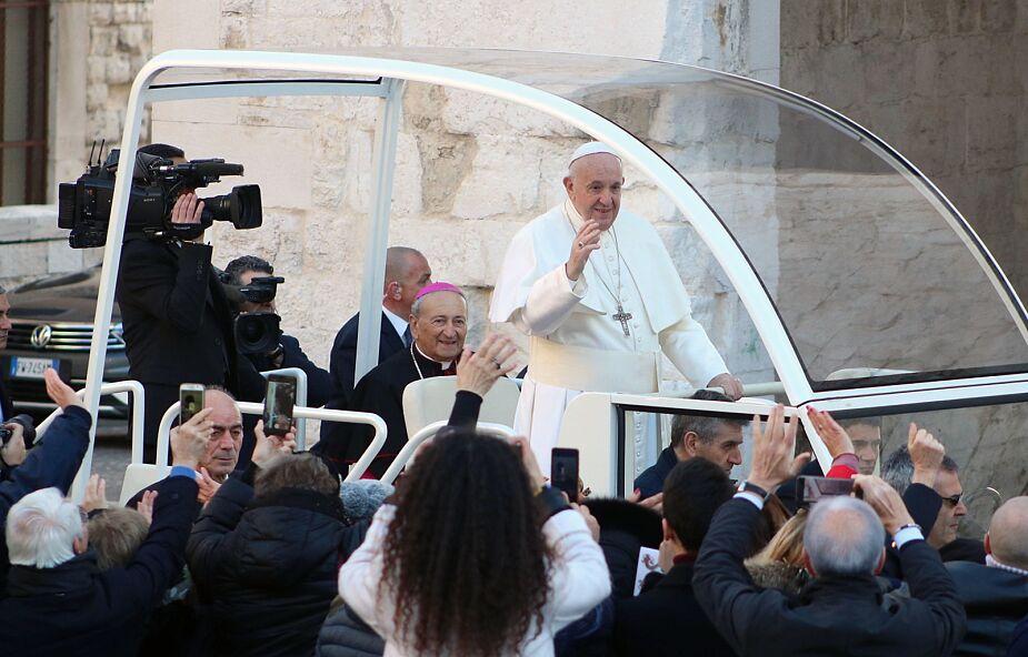 Franciszek w Bari: prośmy o łaskę miłowania bliźnich