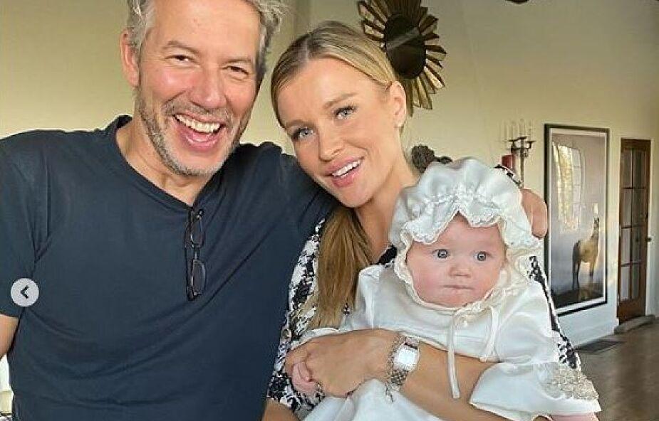 """Joanna Krupa ochrzciła córeczkę. """"Specjalny dzień dla naszego anioła"""""""