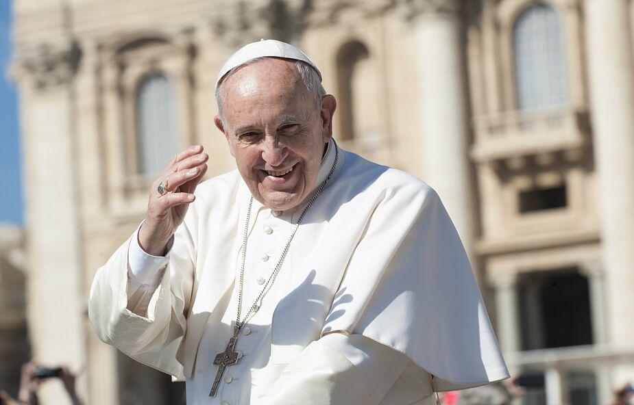 Papież: nieliczni wiedzą o nas wszystko, my o nich nic, to niebezpieczne