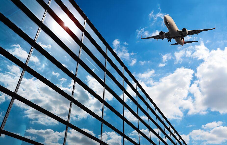 Rząd Czech wstrzymał połączenia lotnicze z Chinami
