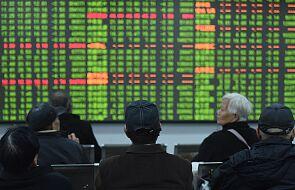 """Chiny: """"czarny poniedziałek"""" na giełdach w związku z koronawirusem"""
