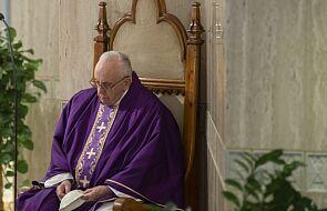 Papież wyraził bliskość z zarażonymi koronawirusem i ze służbą zdrowia