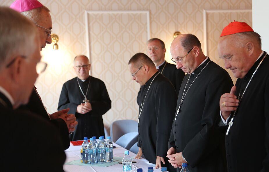 Rada Stała Episkopatu: rekomendujemy biskupom udzielenie dyspensy od obowiązku niedzielnego uczestnictwa we mszy świętej