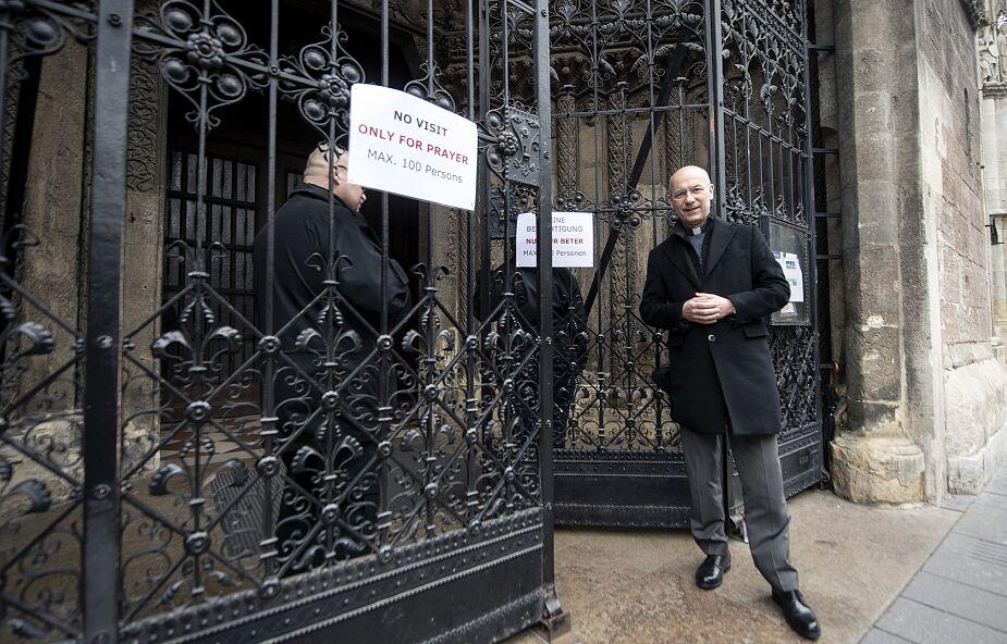 Austria, Czechy i Słowacja: nowe przepisy w sprawie nabożeństw