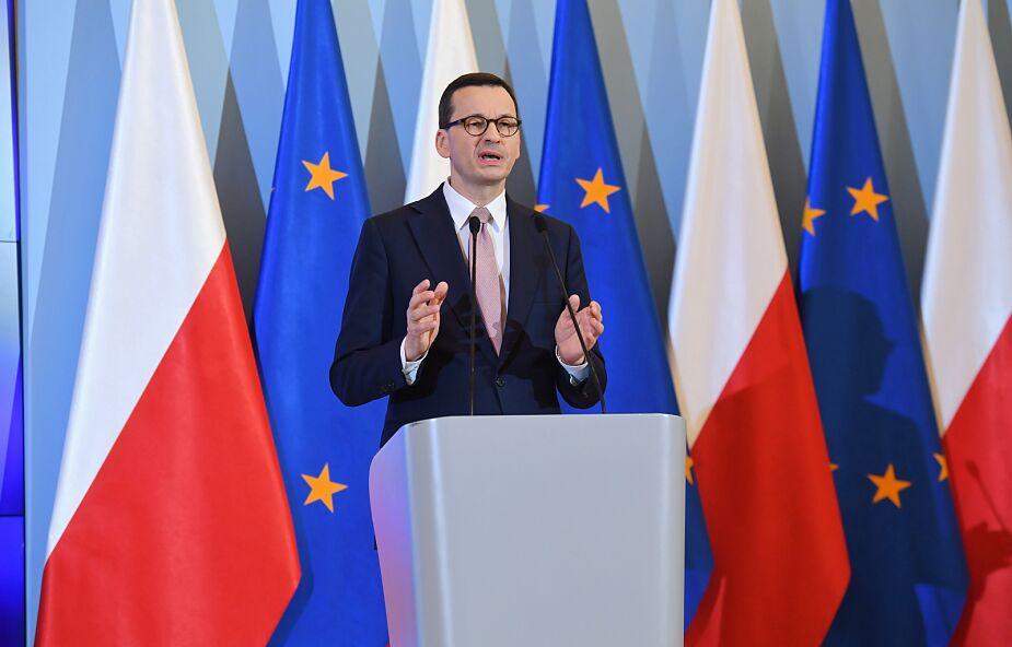 Premier: zdecydowaliśmy się na wprowadzenie stanu zagrożenia epidemicznego